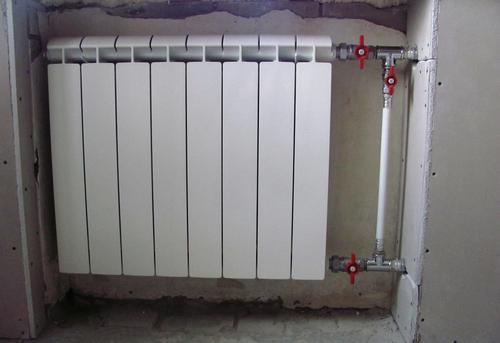 Монтаж батарей отопления с установкой байпаса в Москве