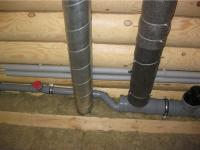 Монтаж труб канализации на даче