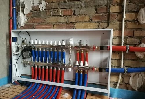 Монтаж труб отопления из сшитого полиэтилена в Москве