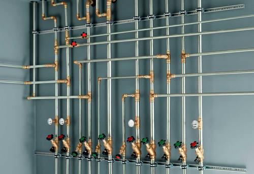 Разводка стальных труб в Москве