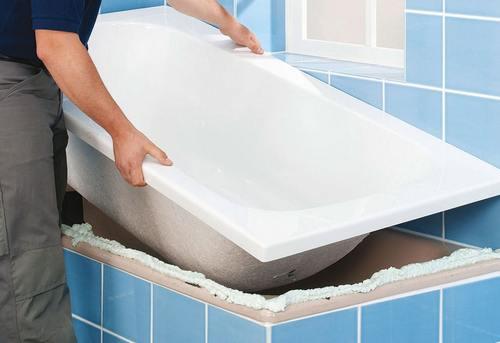 Установка акриловой ванны в Москве