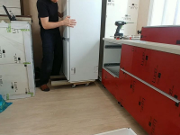 Монтаж холодильника