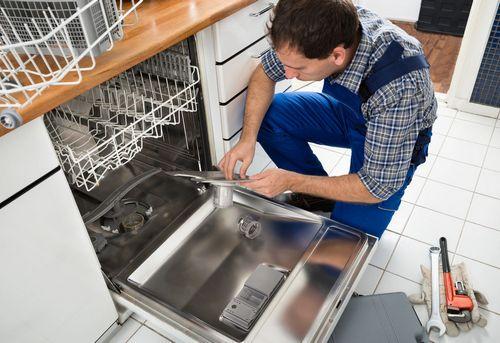 Установка встраиваемой посудомоечной машины в Москве