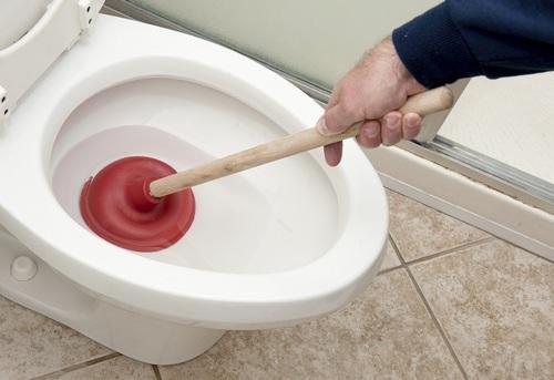 Устранение засоров в ванной в Москве