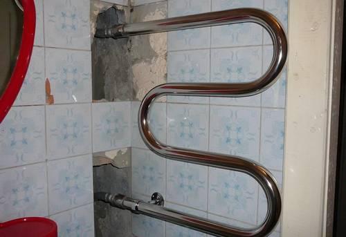 Замена контурного полотенцесушителя в Москве