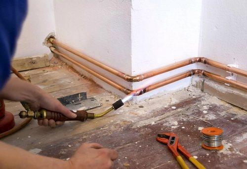 Замена отопительных труб в частном доме в Москве