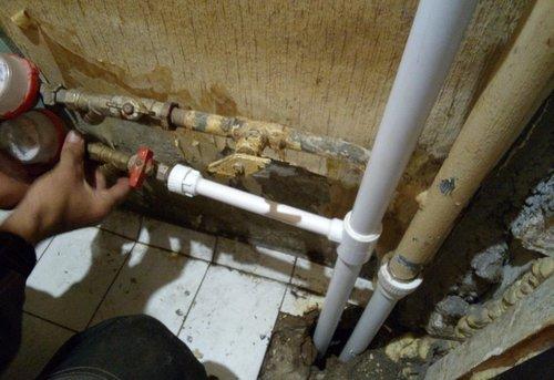 Замена стояка горячего водоснабжения в Москве