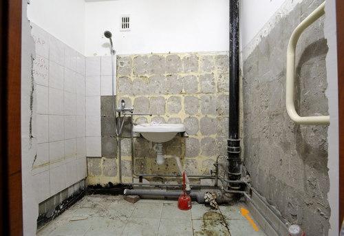 Замена стояка канализации в ванной в Москве