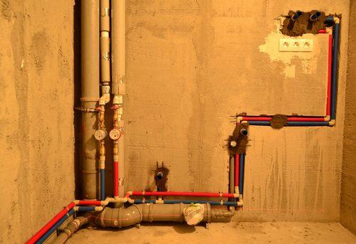 Замена труб горячего водоснабжения в Москве