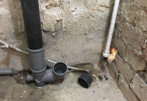 Замена труб канализации в частном доме в Москве